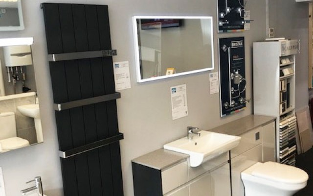 K & L Heating & Bathrooms - Showroom